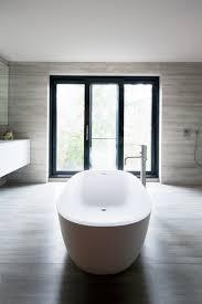 badezimmer harmonische lichtplanung minimalistisch