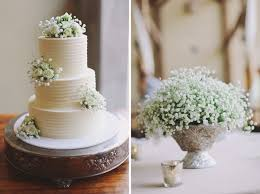 Simple Wedding Cake With Babys Breath