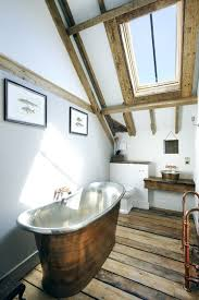 17 attic bathrooms with exposed beams dachboden