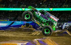 100 Monster Truck Oakland Jam On Twitter Hey Michigan Dont Miss Grave