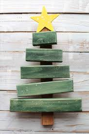 Easy Outdoor How To Make Lanterns From Diva Of Diy Scrap Wood Christmas Projects
