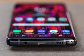 Whats Most Interesting Is How Much Bigger The Note 8 Feels Compared To Almost As Large Galaxy S8 Plus Notes 63 Inch Screen Only Scantly