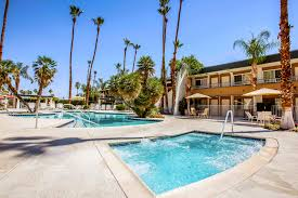 Hotel Rooms in Palm Springs