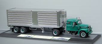 100 Truck Sleeper Cab Cliff Reads 125scale MidFifties Mack B61T With Integ Hemmings