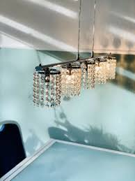 pendelleuchte kristall hängele esszimmer