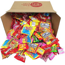 Healthiest Halloween Candy 2015 by Amazon Com Trick Or Treat Halloween Candy Bulk Variety Pack
