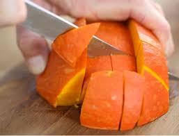 cuisiner le potimarron en l馮ume comment bien préparer un potimarron femme actuelle