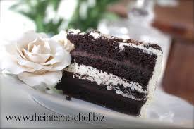 "Meet the ""Oreo Cookie & Toblerone Wedding Cake"""