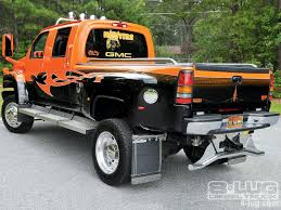 2008 GMC Topkick 4500 - Hooters - Custom GMC Trucks - 8-Lug Magazine