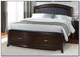 King Platform Bed With Leather Headboard by Platform Bed With Drawers Plans Build A Platform Bed King Size