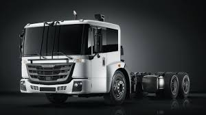 100 Freightliner Select Trucks Unveils EconicSD Lowentry COE Waste Collection