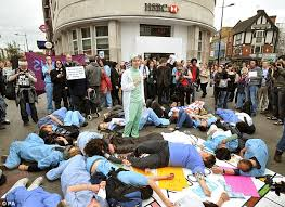 siege hsbc projectbrainsaver siege as anti cuts protesters rally