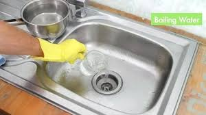 Best Way To Unclog Kitchen Sink Grease by How To Unclog A Kitchen Sink Drain With Baking Soda And Vinegar