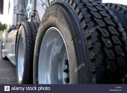 100 Tires For Trucks The Tires And Rims Of Big Rig Semi Trucks Are Given Great Importance