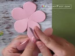 Step 2 Use The Edge Of Scissor To Curve Petal