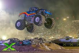 100 Moster Trucks After 20year Break Monster Trucks Return To Take Over Aloha Stadium