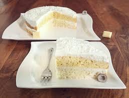 weiße schoko kokos torte fitandsoulfood
