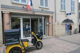bureau de poste maur des fosses val d oise cergy va perdre bureau de poste le parisien