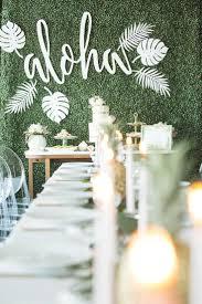 Kitchen Tea Themes Ideas by Best 25 Hawaiian Bridal Showers Ideas On Pinterest Luau Table