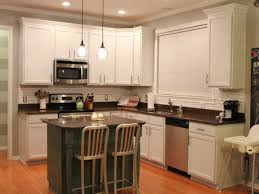 Kitchen Cabinet Hardware Placement Options by Kitchen Cabinet Handles Pictures Options Tips U0026 Ideas Hgtv