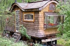 how to build a gypsy caravan from recycled materials