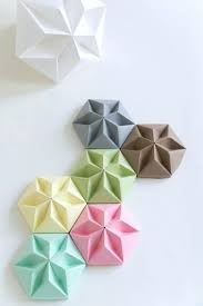 Wall Craft Ideas With Paper