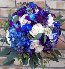 Blue wedding flowers Stacey McKenzie Noonan these are the ones I