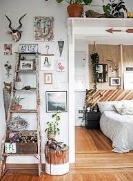Adventures In Decorating Instagram by Best 25 Anthropologie Bedroom Ideas On Pinterest Bed All White