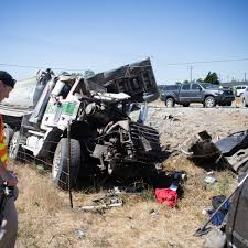 Dump Truck Plows Head-on Into Stalled I-5 Traffic | The Seattle Times Industrial Fleet Truck Washing Owensboro Ky Vincennes In Wash Acid Repair And Parts Directory Greenwave Farms Csolidation Heavy In Kelowna The Okagan Bosswash Services Pin By Kenny Berg On Keep Truckin Pinterest Rigs Semi Barstow Pt 2 Where Is Los Angeles Car Companieswhere Angelescar Dales Transport Out Steam Exterior Trailer Bowling Green Iteco