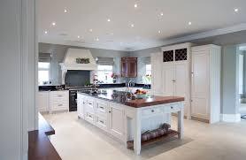 cuisine meubles blancs cuisine peinture pour meubles cuisine avec blanc couleur peinture
