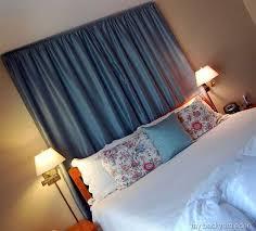 18 entretenidos respaldos para convertir tu cama en una obra de