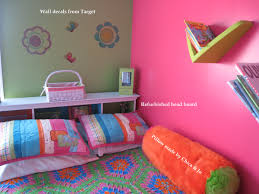 Girls Bedroom Wall Decor by Girls Bedroom Exciting Pink Wall And Soft Blue Bed Cover Also