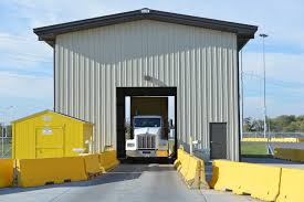 BNSF's Automated Gate Systems Reduce Carbon Emissions | 3BL Media Truck Entry Boom Gate With Intercom System Building Supply Company 2014 Used Isuzu Nrr 18ft Box Lift Gate At Industrial Tommy Tg89 Rail Series Liftgates Inlad Dodge Alinum Beds Alumbody T3420 04 Mitsu 12 Wlift 7500 Bus Chassis Llc Railgate Dockfriendly Standard Loading Zone Ram 1500 2500 3500 2011 Cargo Filetruck And Zlnjpg Wikimedia Commons Liftgate Hydraulic For Trucks Van Wwwrogueuckbodycomtransfer Sets