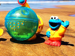Finding Nemo Bathroom Theme by Toy Hawaiian Vacation Cookie Monster At Beach With Disney Finding