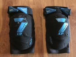 flooring knee pads reviews twobiwriters com