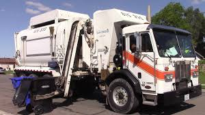 Garbage Trucks Of The City Of San Diego: CNG Peterbilt 320 / Amrep ...
