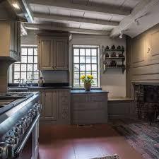 Primitive Decor Kitchen Cabinets by 232 Best Primitive Kitchens Images On Pinterest Primitive