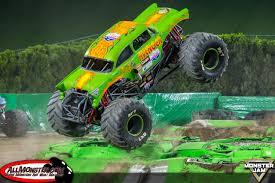 100 Monster Trucks San Diego Jam 2018 Team Scream Racing