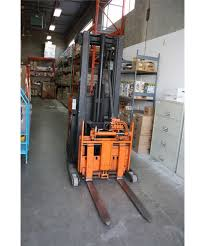 100 Raymond Reach Truck ORANGE RAYMOND 20R30TT 2 STAGE ELECTRIC REACH TRUCK WITH YALE CHARGER