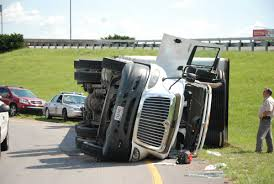 4 Errors That Might Lead To Truck Accidents In Your Vicinity