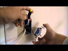 how to wire an outlet of a switch