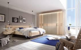 schlafzimmer mira in strukturesche massiv doppelbett in