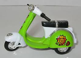 Image Is Loading PRICE REDUCED VESPA SCOOTER PLASTIC WIND UP TOY