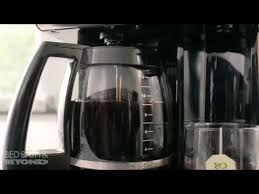 cuisinart coffee plus 12 cup coffeemaker with water at bed