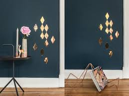 wandgestaltung in gold und kupfer metallic look für ihre