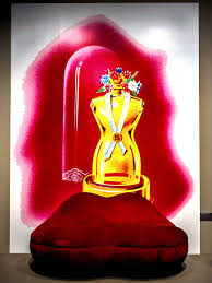 Mae West Lips Sofa Salvador Dali 1937 by Fashion Icon Elsa Schiaparelli Is Remembered And Reborn At The