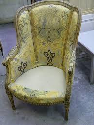 paire de fauteuils style louis xvi en hêtre à céruser atelier