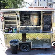 In A Boom Year, Portland's Streets Are Busy With New Food Carts ... Food Trucks Eatbellevuecom Truck Qa Bread And Circuses Seattlefoodtruckcom Pin By Sandra On Otros Pinterest Truck And Taco Food Skilletstfood Skillet Thursdays Rubadues Saucey Skillet Gluten Free In Slc 2012 Brand Builders Seattle Met Poe Pies Opens With Second Cart Planned News Like The Color Name Painted Background Designs Little Kitchen Pizza Algarve Our Blog Events Catering In A Boom Year Portlands Streets Are Busy New Carts Urban Review Wichita By Eb