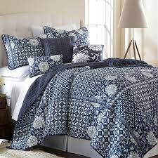 72 Best Quilts Bedding Images On Pinterest
