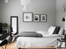 schlafzimmer in schwarz weiß ideen zur farbgestaltung otto